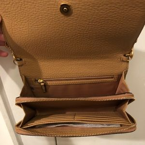 0be0e2467dd Tory Burch Bags - Tory Burch McGraw Flat Wallet Cross-Body